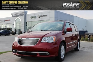2012 Chrysler Town and Country Limited Wagon