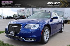 New 2019 Chrysler 300 Touring Sedan London ON