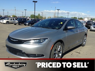 DYNAMIC_PREF_LABEL_INVENTORY_LISTING_DEFAULT_AUTO_USED_INVENTORY_LISTING1_ALTATTRIBUTEBEFORE 2015 Chrysler 200 S SEDAN Heated Seats,  A/C, Sedan DYNAMIC_PREF_LABEL_INVENTORY_LISTING_DEFAULT_AUTO_USED_INVENTORY_LISTING1_ALTATTRIBUTEAFTER