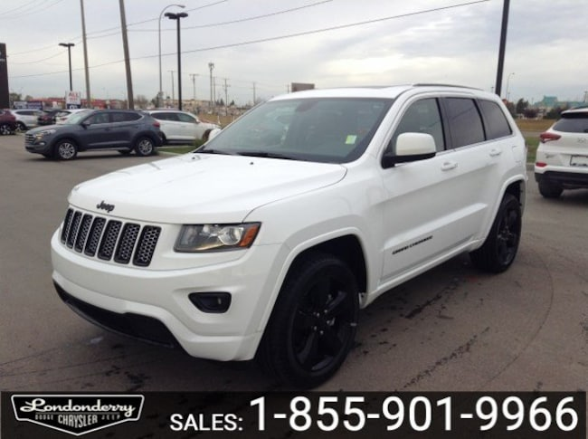 2015 Jeep Grand Cherokee 4WD ALTITUDE Accident Free,  Leather,  Heated Seat 4WD  Laredo