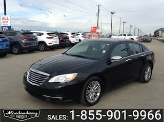 2014 Chrysler 200 LIMITED SEDAN Accident Free,  Leather,  Heated Sea Sedan