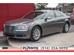 2012 Chrysler 300 Limited - Toit Pano - Cuir - Bluetooth - Car