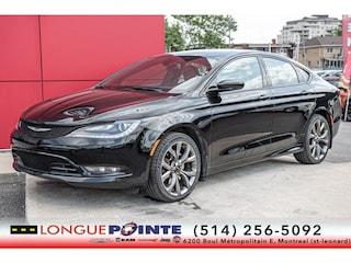 2015 Chrysler 200 S AWD + CAM DE Recul + Cuir+ GPS Car