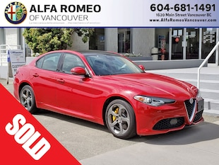 2018 Alfa Romeo Giulia Sport AWD, Nav, Leather, Dual Sunroof, Only 8,500  Sedan BA7886