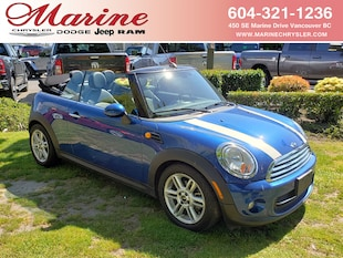 2015 MINI Convertible Cooper Convertible WMWZN3C55FT862944