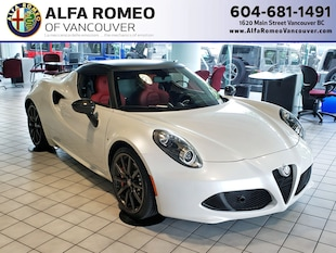 2018 Alfa Romeo 4C Coupe, Akrapovic Exhaust, Track Package, Only 2,900 km! Coupe ZARBAAA45JM271889