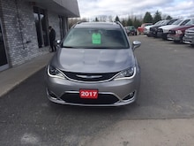 2017 Chrysler Pacifica Limited Mini-Fourgonnette