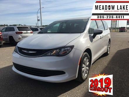 2019 Chrysler Pacifica LX - Heated Seats -  AM/FM Stereo - $215 B/W SUV
