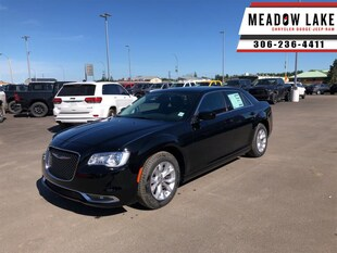 2020 Chrysler 300 Touring - Leather Seats - Value Package - $255 B/W Sedan