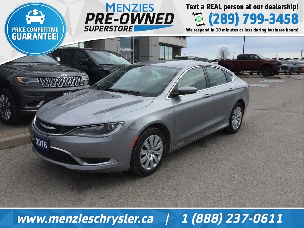 2016 Chrysler 200 Limited, Bluetooth, Cam, Alloys, Clean Carfax Sedan