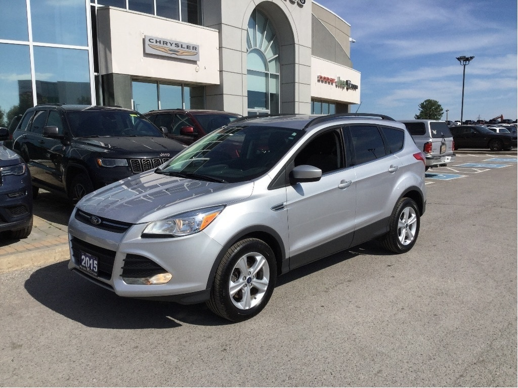 2015 Ford Escape SE 4x4, Bluetooth, ONE Owner, Clean Carproof SUV