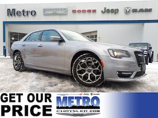 2018 Chrysler 300 S - Fully Loaded and Mint Condition Sedan