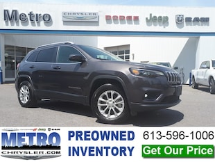 2019 Jeep Cherokee North 4x4 low KMs SUV