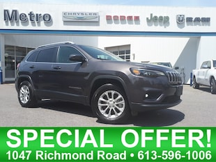 2019 Jeep Cherokee North 4x4 LOW KMs & Mint SUV