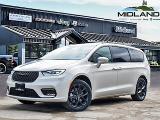 2021 Chrysler Pacifica Limited Van for sale in Midland, ON