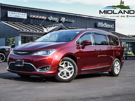 2017 Chrysler Pacifica 4dr Wgn Touring-L Plus Just IN for sale in Midland, ON