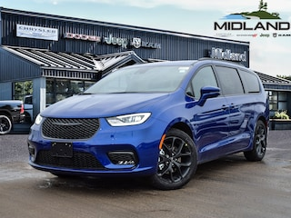 2021 Chrysler Pacifica Touring Van for sale in Midland, ON
