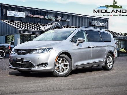 2017 Chrysler Pacifica 2017 Chrysler Pacifica - GPS- Rear DVD System for sale in Midland, ON