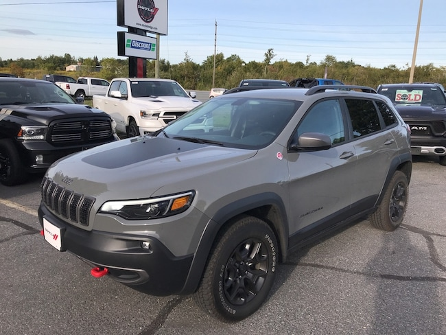 2019 Jeep Cherokee 3.2L Trailhawk 4WD Company Demonstrator!! SUV