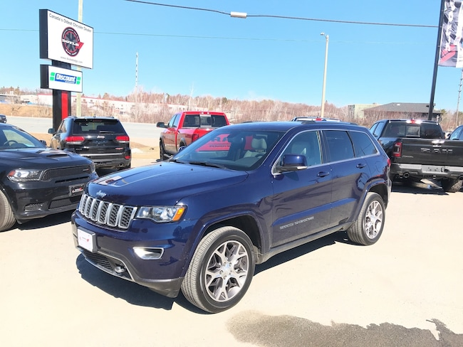 2018 Jeep Grand Cherokee 5.7L HEMI LIMITED STERLING EDITION 4WD SUV