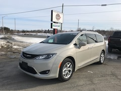 2020 Chrysler Pacifica Touring-L 35th Anniversary Edition Van 6198