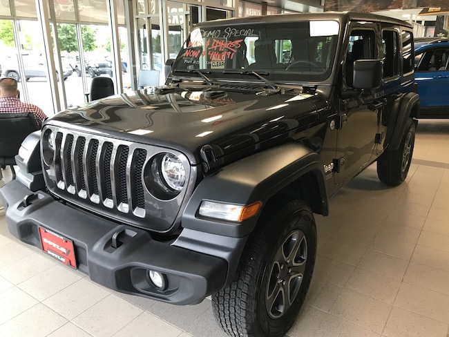 2019 Jeep Wrangler Unlimited Company Demonstrator - Time TO GO!! SUV