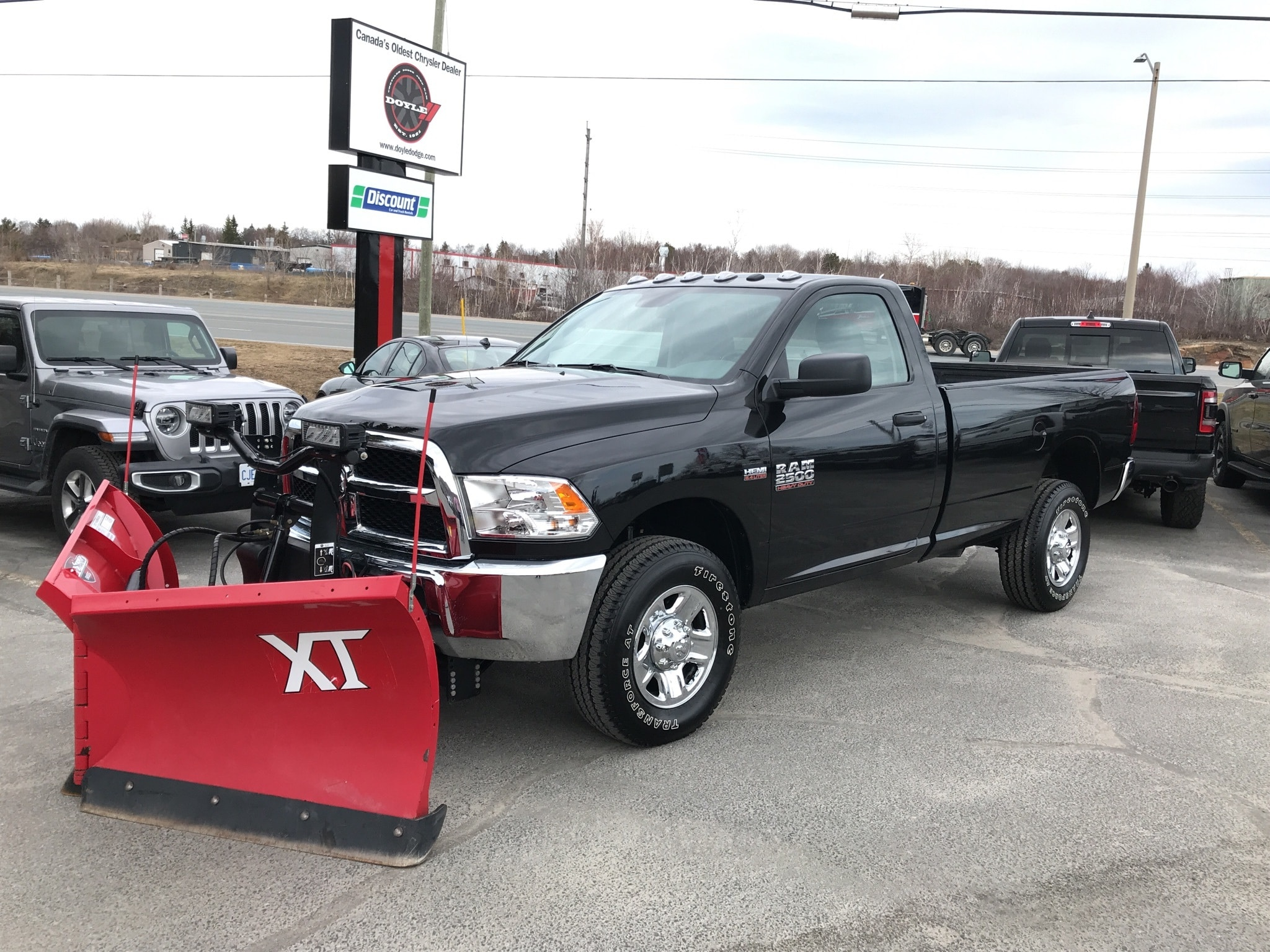 2018 Ram 2500 6.4L HEMI REGULAR CAB PLOW SPECIAL 4WD Regular Cab