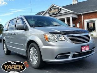 2016 Chrysler Town & Country Touring, Leather Heated Seats, Power Doors/Gate, N Mini-Fourgonnette