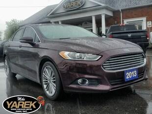 2013 Ford Fusion SE, Leather Heated Seats, Sunroof, NAV, Bluetooth, Sedan