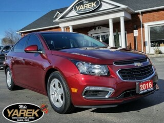 2016 Chevrolet Cruze LT, Leather Heated Seats, NAV, Sunroof, Remote Sta Berline