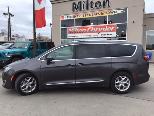 2018 Chrysler Pacifica TOURING L+|DVD|LEATHER|PANORAMIC SUNROOF Minivan