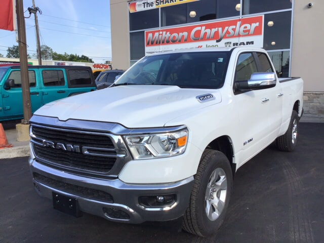2019 Ram 1500 BIG HORN 4X4 / REMOTE START / HITCH Truck Quad Cab