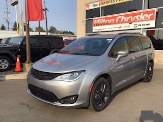 2020 Chrysler Pacifica LAUNCH EDITION ALL WHEEL DRIVE / DVD / TOW PKG / PANO ROOF Van