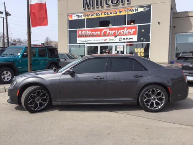 2018 Chrysler 300 S|LEATHER|BEATS AUDIO|NAVIGATION|PANORAMIC SUNROOF Sedan