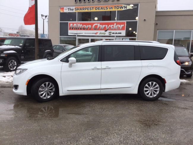 2018 Chrysler Pacifica TOURING L+|LEATHER|POWER DOORS|REMOTE START Minivan