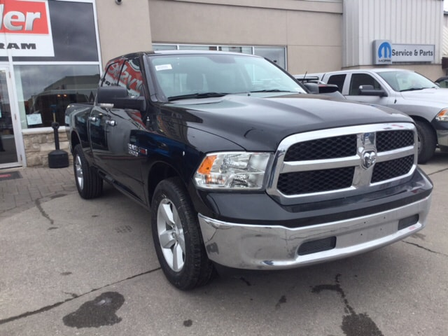 2018 Ram 1500 SLT 4X4 ECO-DIESEL / BACK UP CAM / HEATED SEATS & Truck Quad Cab