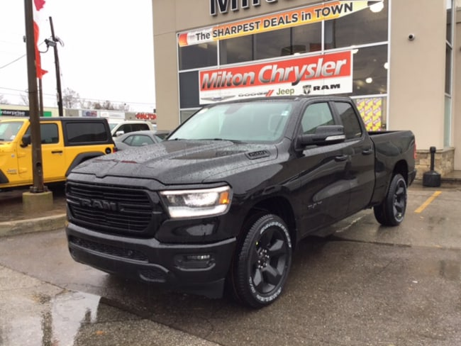 2019 Ram 1500 SPORT 4X4 / BLACKOUT GROUP/ Truck Quad Cab