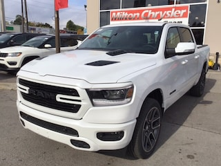 2019 Ram All-New 1500 SPORT 4X4 / LEATHER / NAV / PANO ROOF / BLIND SPOT Truck Crew Cab