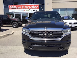 2019 Ram 1500 LIMITED CREW 4X4 / PANO ROOF / 22 INCH WHEELS /  Truck Crew Cab