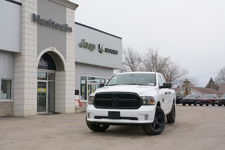 2021 Ram 1500 Classic Night Edition 4x2 Quad Cab 6.3 ft. box 140 in. WB
