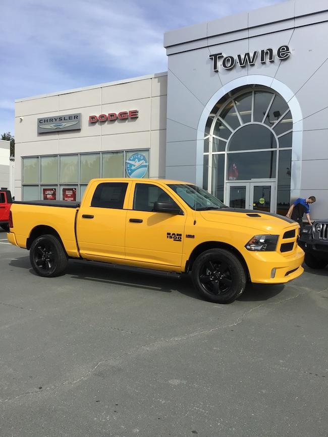 2019 Ram 1500 Classic Express Stinger Yellow CREW CAB PICKUP