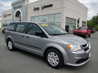 2014 Dodge Grand Caravan SE/SXT - Only 124 bi weekly Van