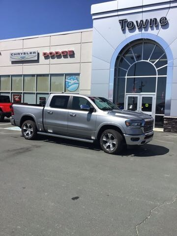 2019 Ram All-New 1500 Laramie CREW CAB PICKUP
