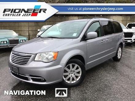2013 Chrysler Town & Country Touring -  Power Tailgate - $103 B/W Van