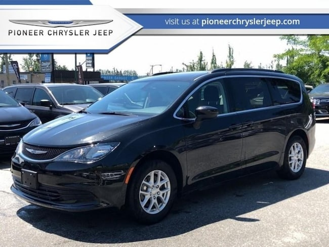2017 Chrysler Pacifica LX Luxury at a Great Price!