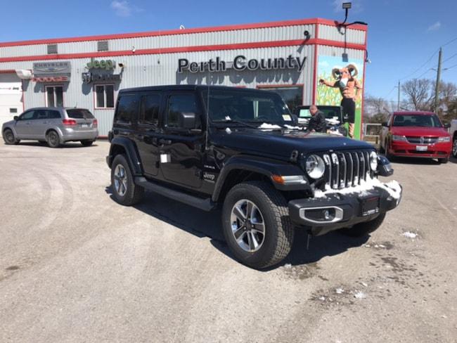 2019 Jeep Wrangler Unlimited Sahara | Dual Top | Leather | Heated Sea SUV