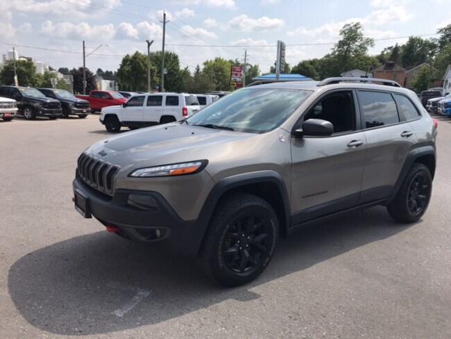 2016 Jeep Cherokee Trailhawk | Navigation | Power Liftgate | Pushbutt SUV