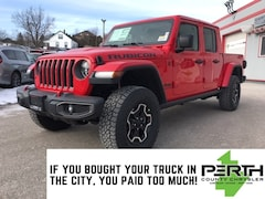 2020 Jeep Gladiator Rubicon | 3-Piece Hard Top | Leather Seats | Trailer Tow Package | Navigation | Heated Seats | Remote Start |  Truck Crew Cab