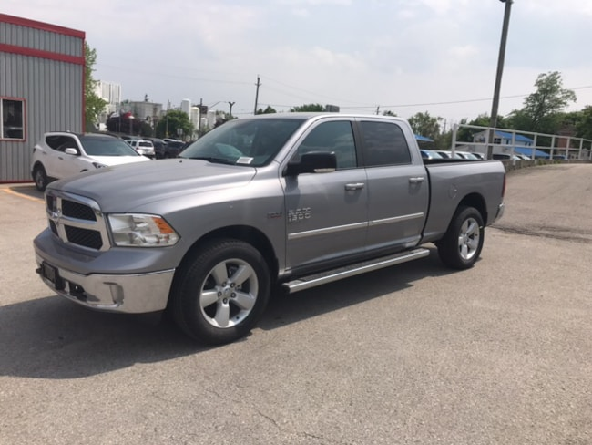 2019 Ram 1500 Classic SLT | Buckets | 8.4 Screen | Remote Start Truck Crew Cab
