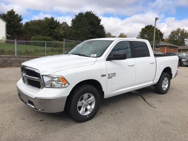 2019 Ram 1500 Classic SLT | 8 SPEED | Remote Start | Spray Liner Truck Crew Cab